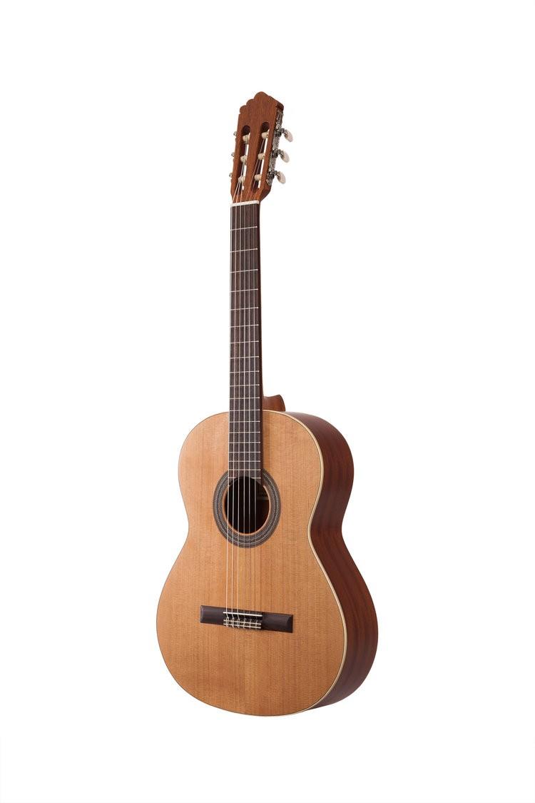 Guitares & Co - GUITARES CLASSIQUES - 4/4 - ALTAMIRA - AT001 - Royez Musik
