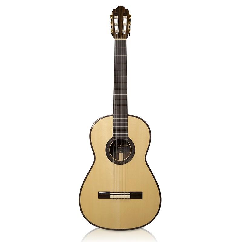 Guitares & Co - GUITARES CLASSIQUES - 4/4 - CORDOBA - CO105 - Royez Musik